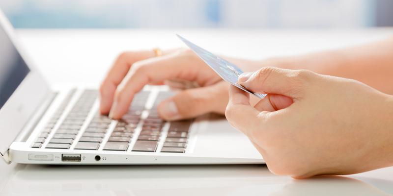 b974aad104e0 Esistono alcuni punti che ci possono far distinguere un sito di shopping  on-line affidabile da un sito truffa. Ecco la guida semplice da seguire per  evitare ...