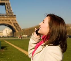 telefonare e navigare in europa ora costa meno consumatore